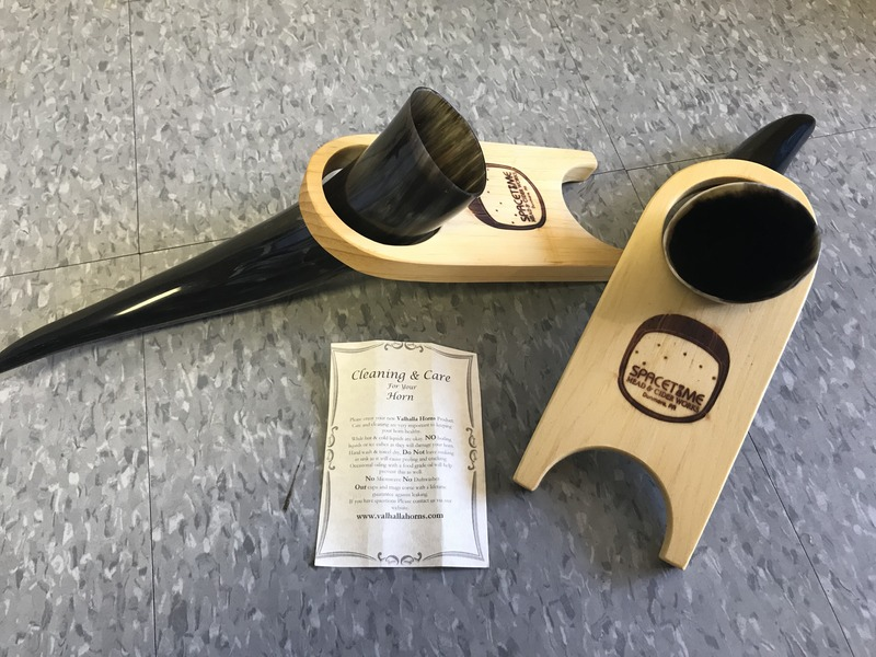Mead Horn with wood stand