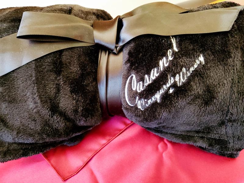 Casanel Black Blanket