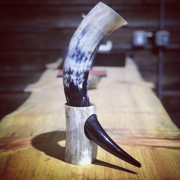 Product Image for Drinking horn stand